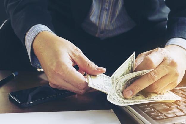 lehet pénzt keresni az xtrade interneten?